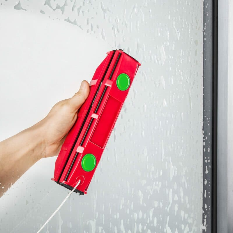 The Glider D3 magnetic window cleaner